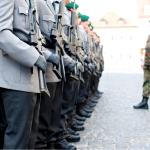 DM-Verteidigungsprogramm: revolutionär friedlich - mit globaler Verteidigungsstrategie!